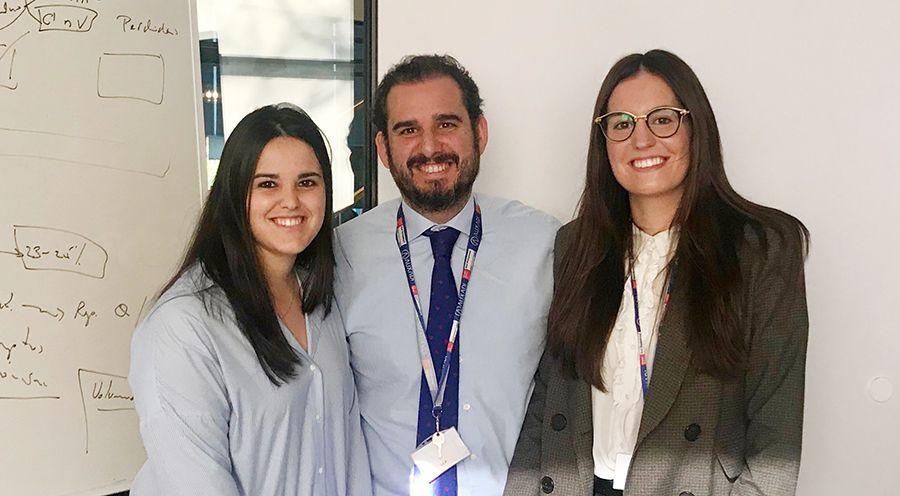 Nuria Pérez Barrientos y Sara García Jiménez
