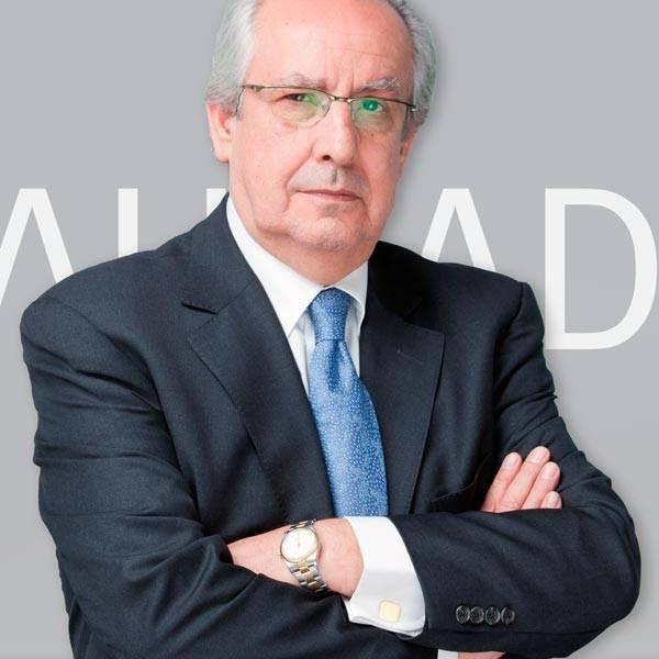 Víctor M. Salamanca Carrasco